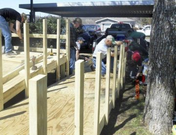Building a ramp for an Aledo Resident